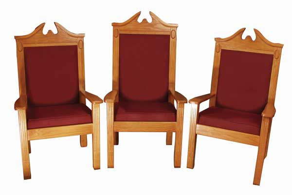 No. 8200 Series All-stained pulpit chair set