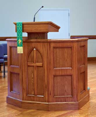 Custom Pulpit 1 - Imperial Woodworks, Inc.